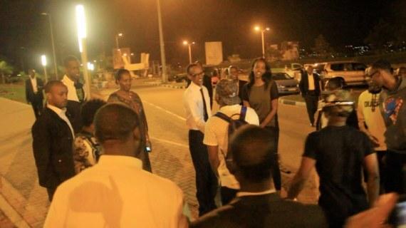 Davido with Paul Kagame 2_800x450